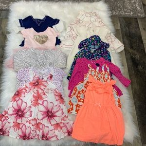 Baby Girl 12-18M Bundle of Dresses. 11 Pieces